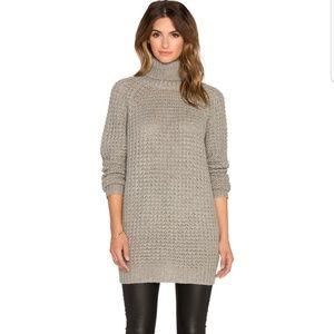 BlankNYC Chunky Oversize Turtleneck Sweater Large